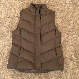 Women's Gap Puffer Vest